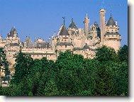 """Французские замки. местные жители называют  """"château """", что обозначает сразу несколько значений - крепость, дворец или..."""