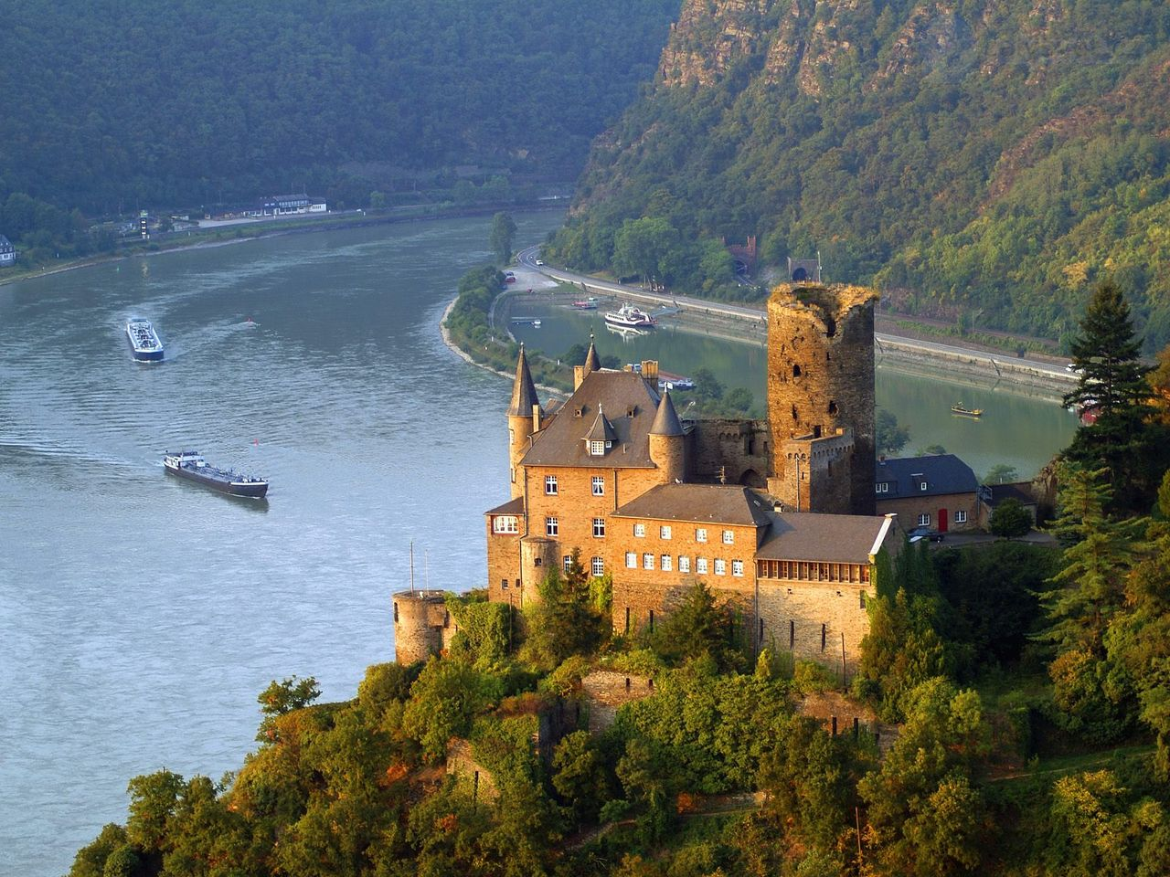 rhine chatrooms Looking to stay at a achat in rhine - neckar, baden-wuerttemberg find cheap hotel deals for a wide range of achat hotel rooms & suites in rhine - neckar, baden-wuerttemberg.