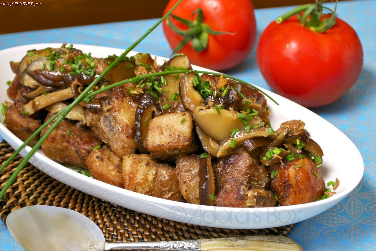 Рецепт свинина тушеная с шампиньонами